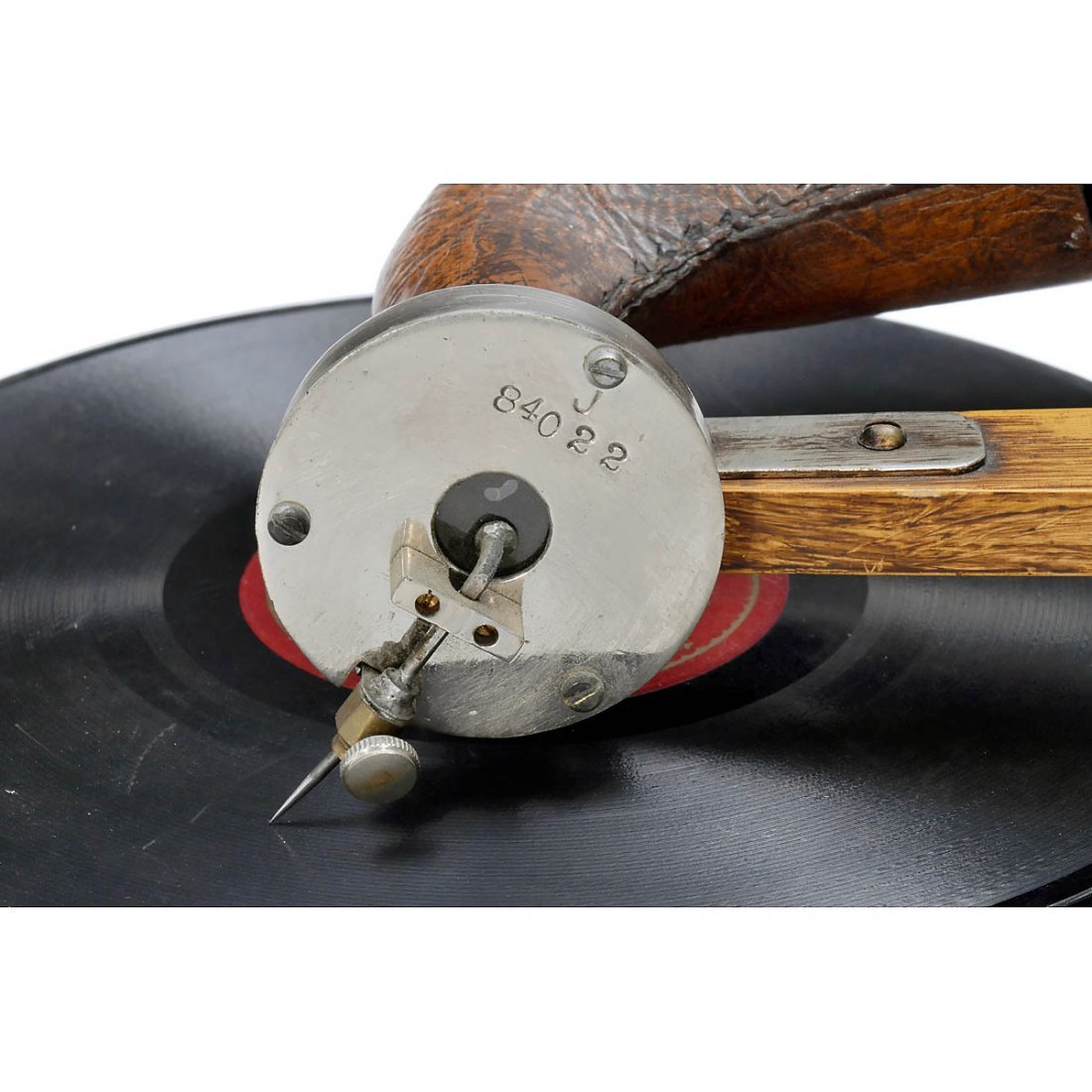Emile Berliner-Style Hand-Cranked Gramophone - 4