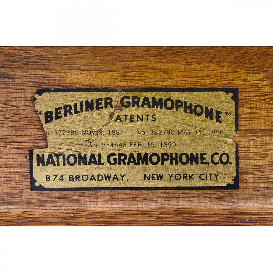 Emile Berliner-Style Hand-Cranked Gramophone - 6