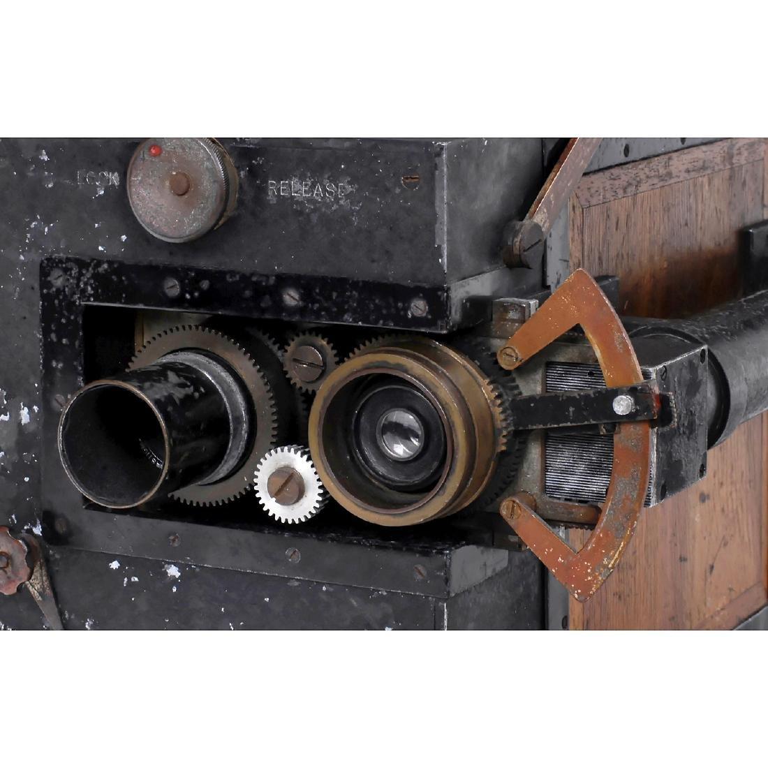 Debrie/Vinten Camera, c. 1922 - 2