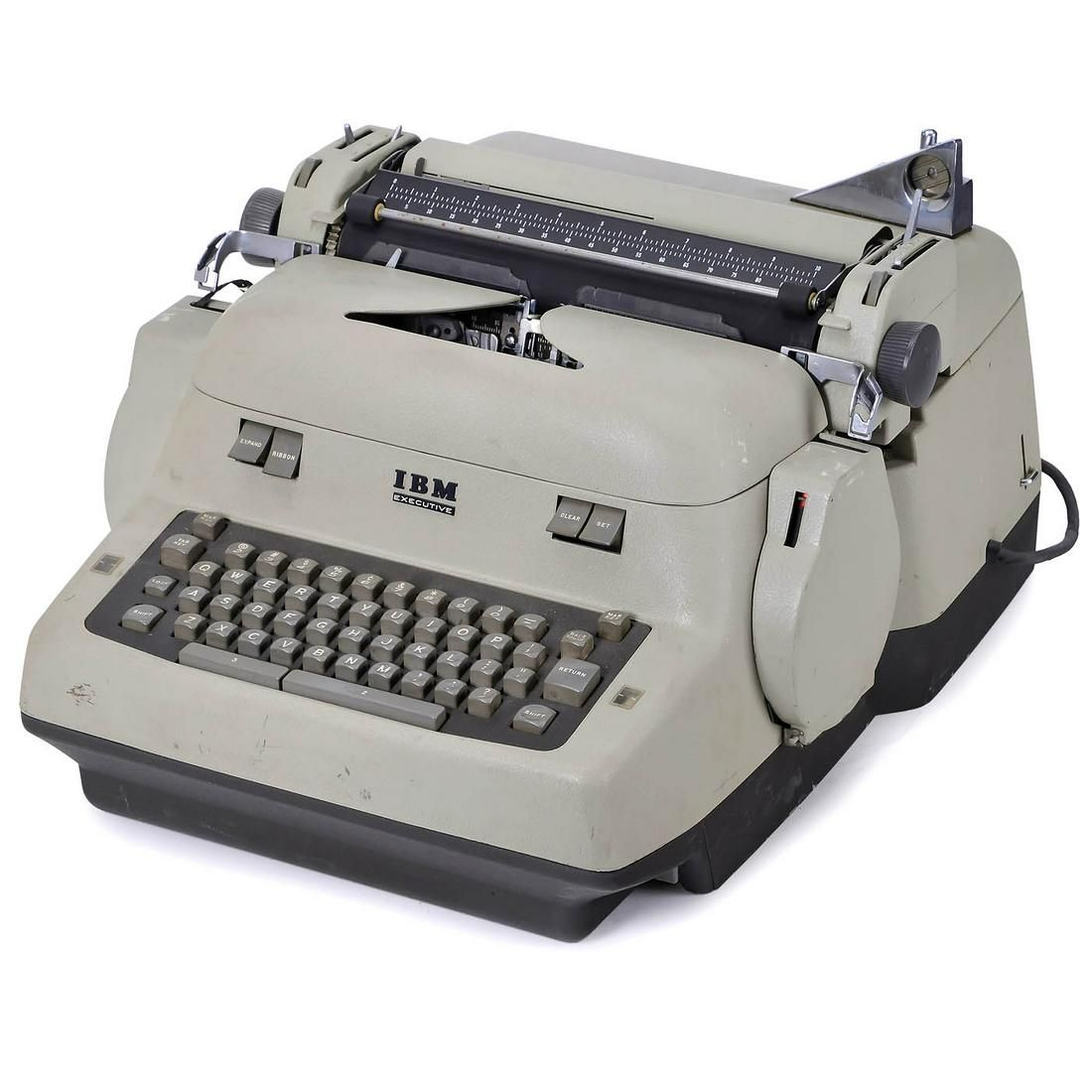 """IBM Electric """"Coin Operated"""" Model B Executive, 1954"""