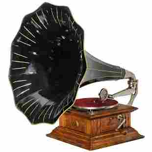 HMV Horn Gramophone, c. 1915
