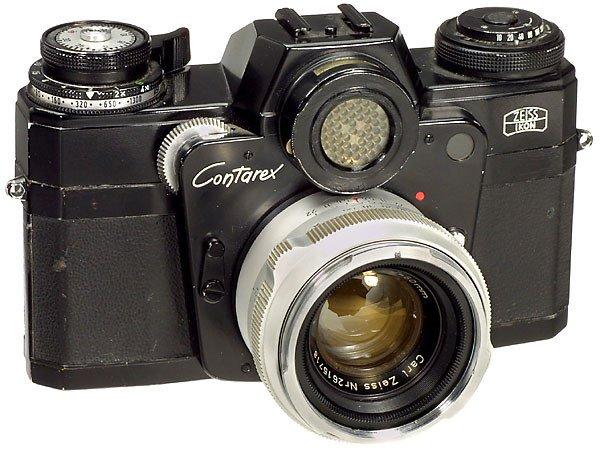 313: Zeiss-Ikon Contarex with Planar Lens