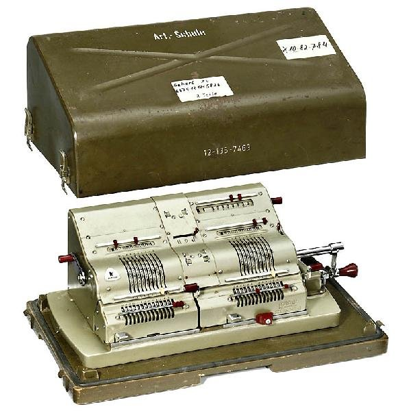 "3: Twin Calculator ""Brunsviga Mod. 14"", 1958"