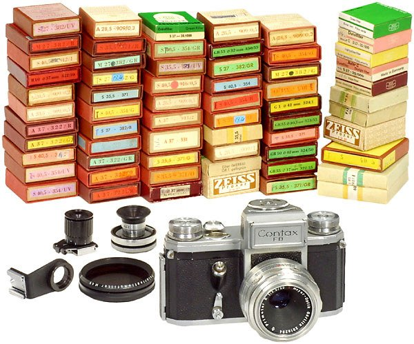 2286: Zeiss-Ikon Contax FB and Filters, 1956