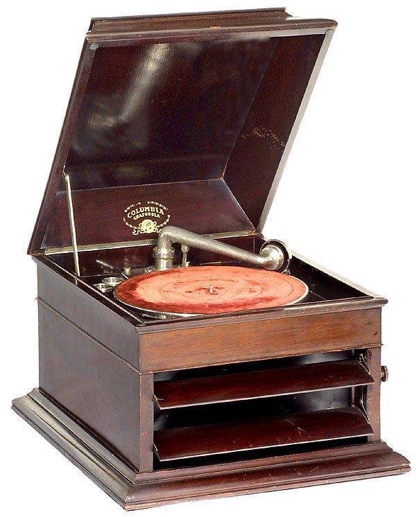 "492: Table Gramophone ""Columbia Grafonola"" Model 20A"