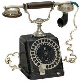 "16: Telephone ""Siemens & Halske"""