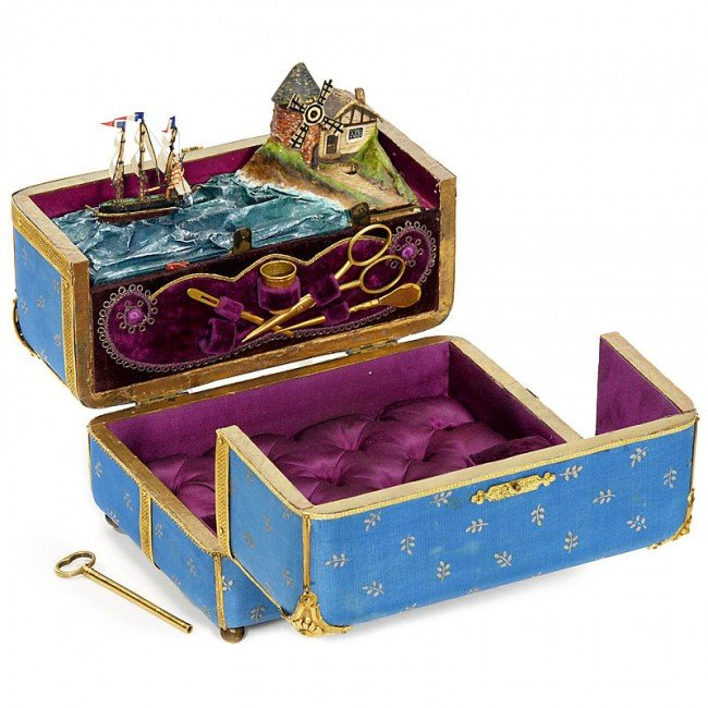 453: Rare French Musical Sewing Necessaire Automaton wi