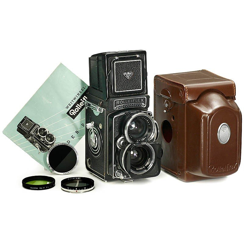 15: Early Wide-Angle Rolleiflex, c. 1961