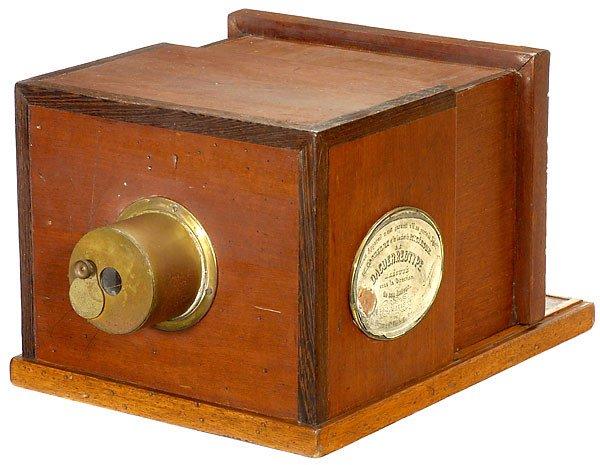 700: Daguerre Camera The Daguerreotype Replica