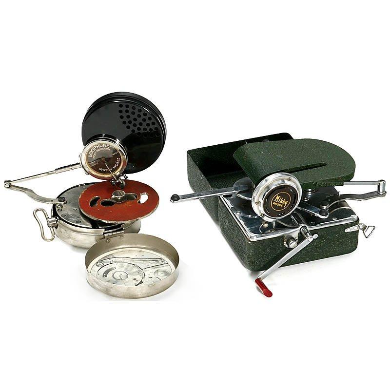 660: 2 Pocket Phonographs, c. 1930