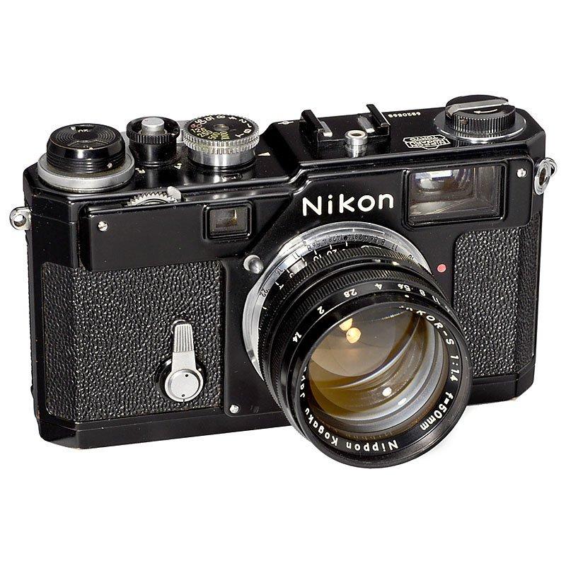 Nikon S3 (Black) with 1,4/50 mm, 1964