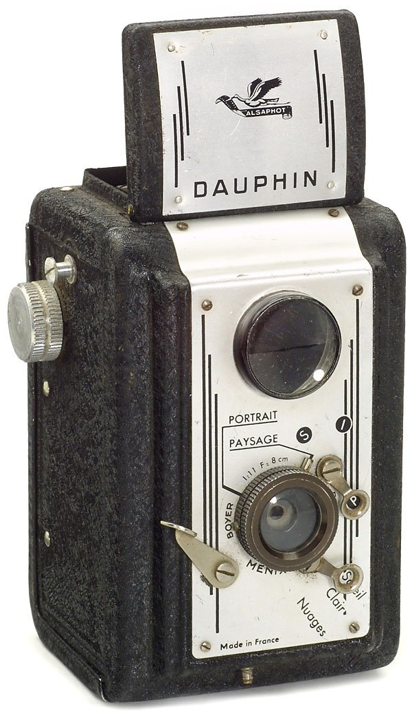15: French Camera Dauphin
