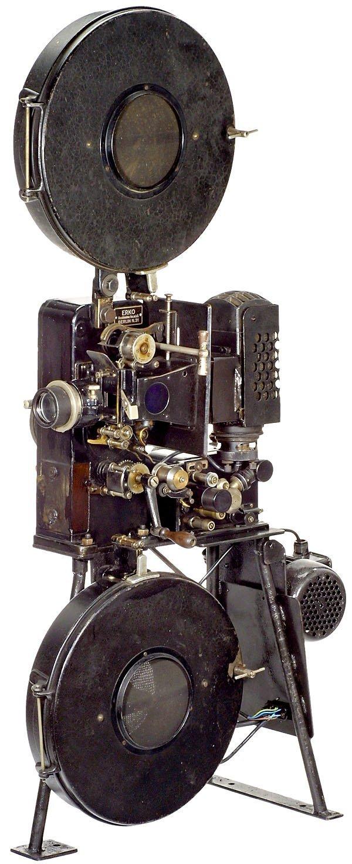 674: Wanderkino Travel Movie Projector Erko, Berlin