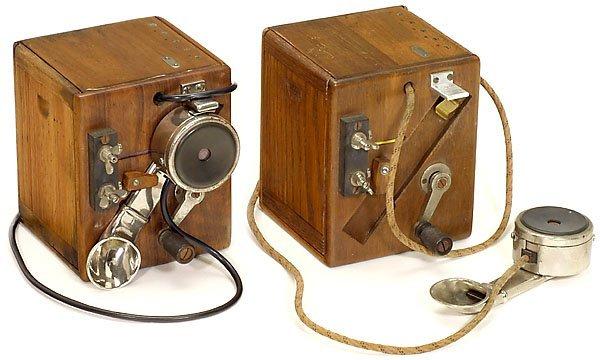 34: 2 French Field Telephones, c. 1915 Telefon