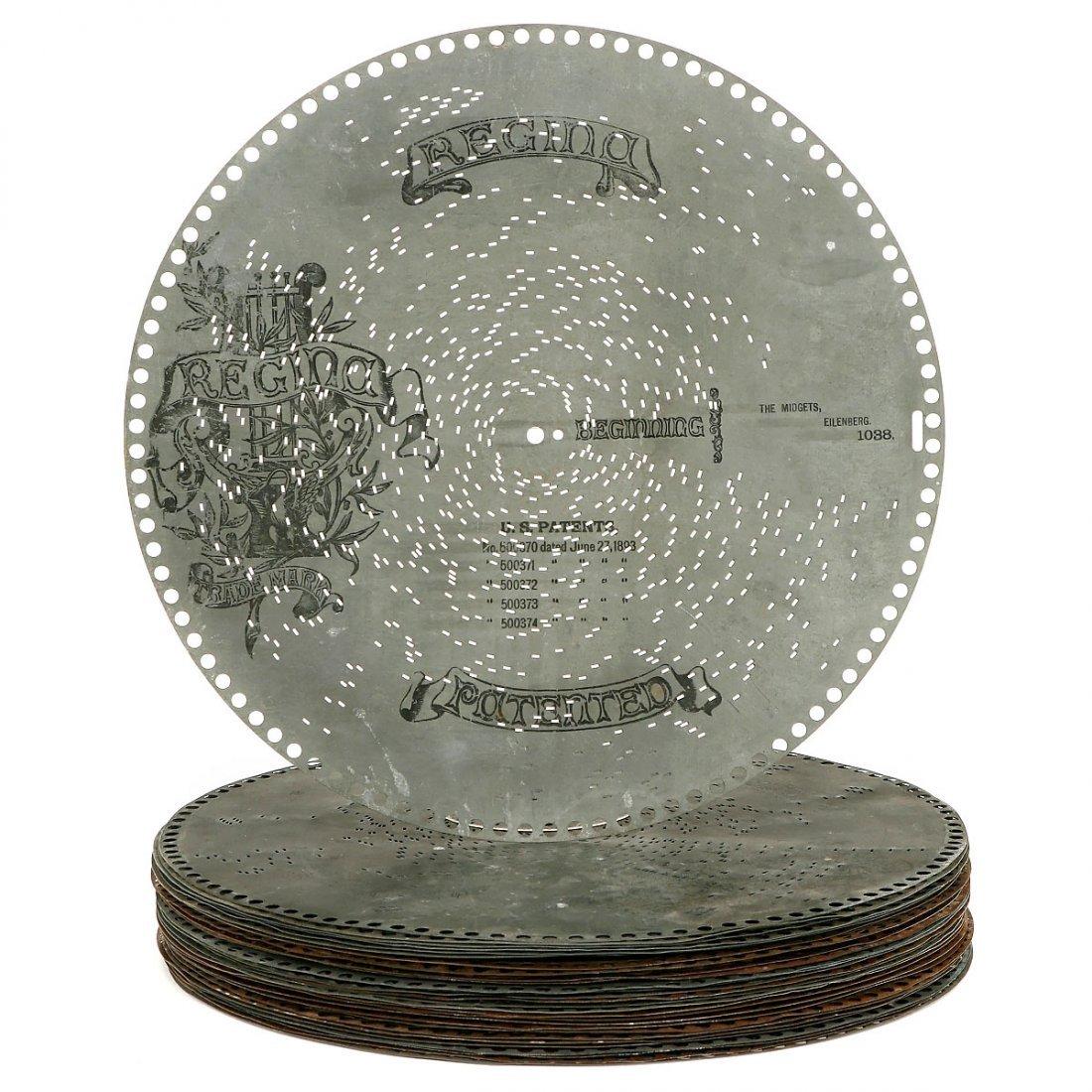 30 Regina Musical Box Ø 15 ½ inch Discs, c. 1900