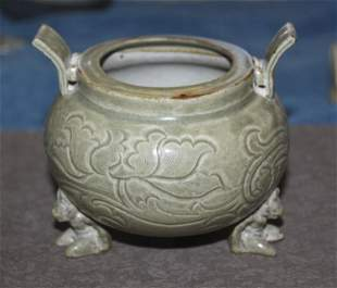 Antique chinese Celadon Censor. Qing Dynasty