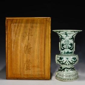 Chinese antique Green Glazed Dragon Beaker Vase