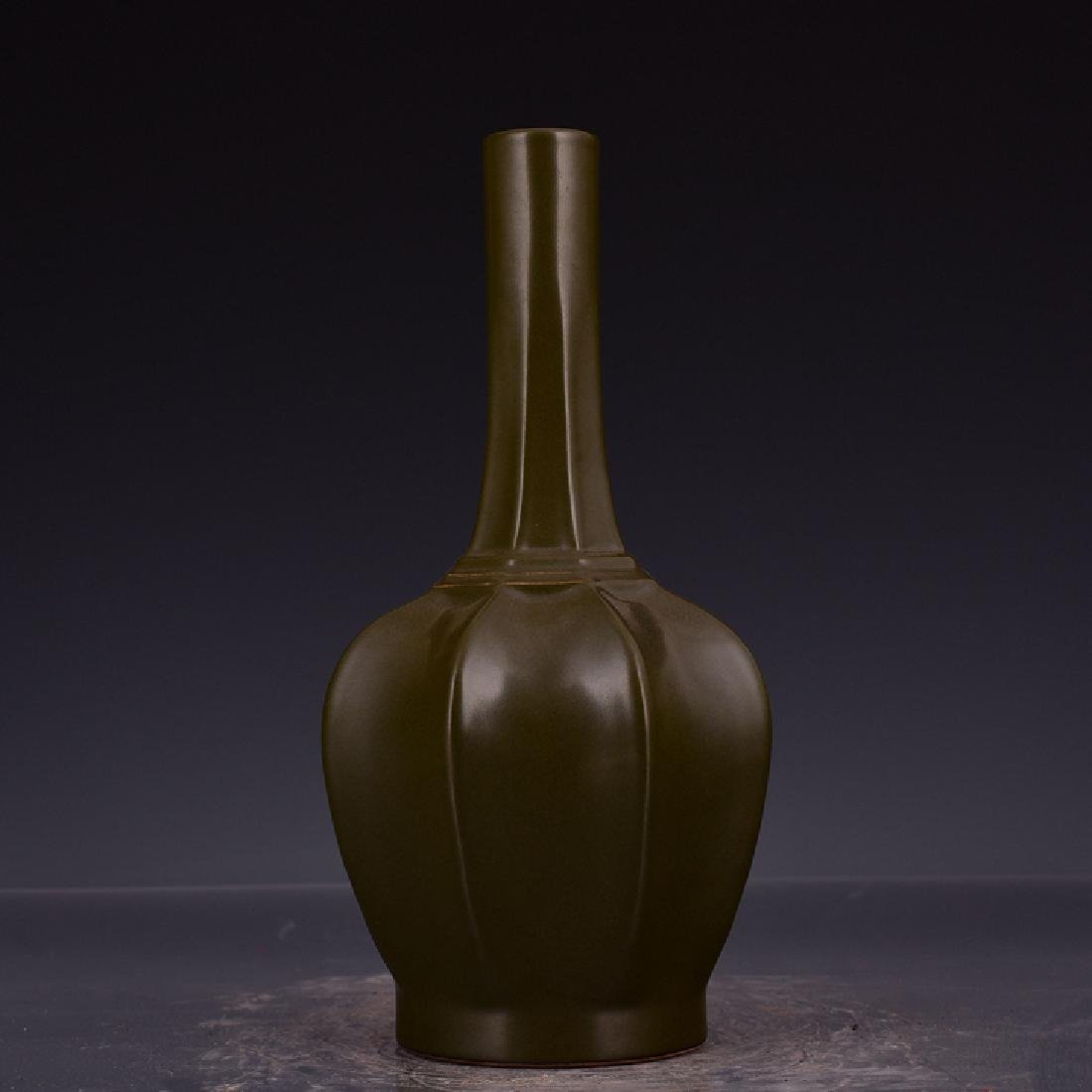 Chinese Tea Dust Glzaed Vase