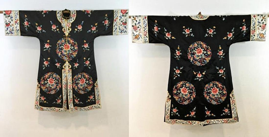 Chinese Antique Embroidered Silk Robe - 2
