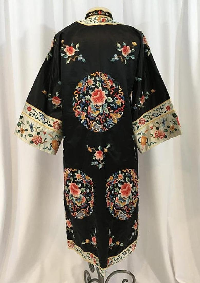 Chinese Antique Embroidered Silk Robe - 3