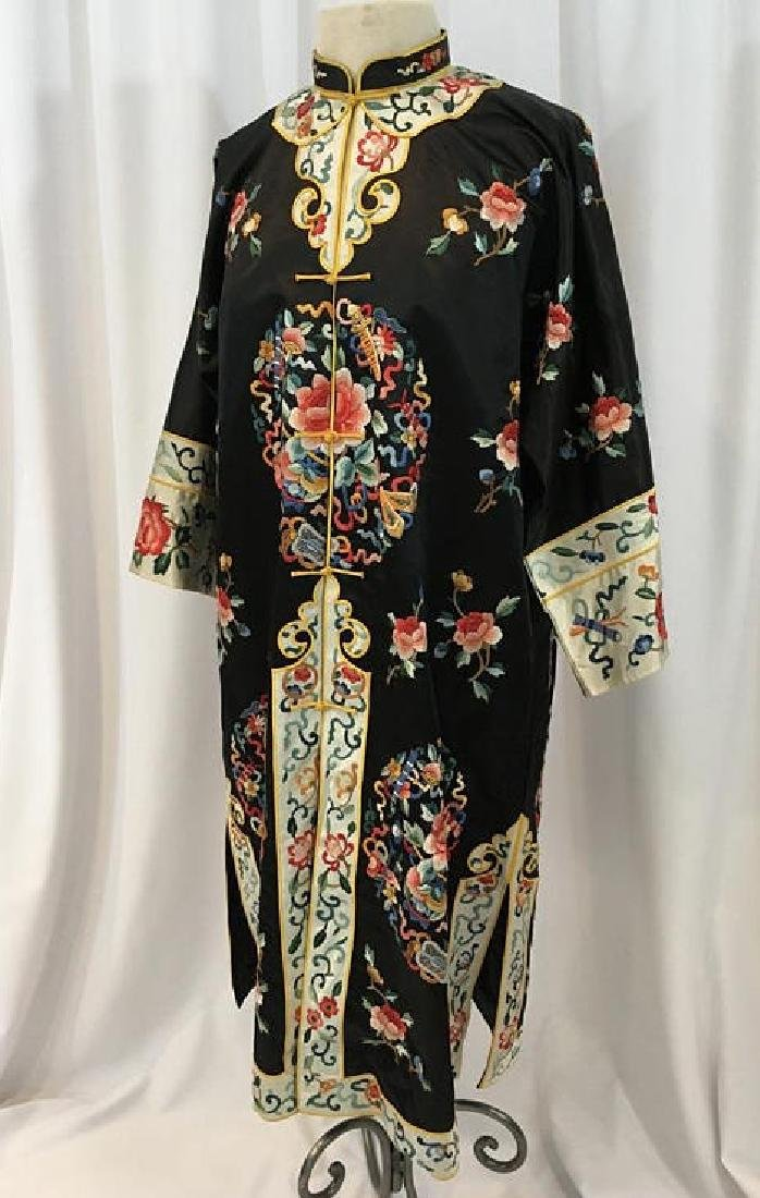 Chinese Antique Embroidered Silk Robe - 4
