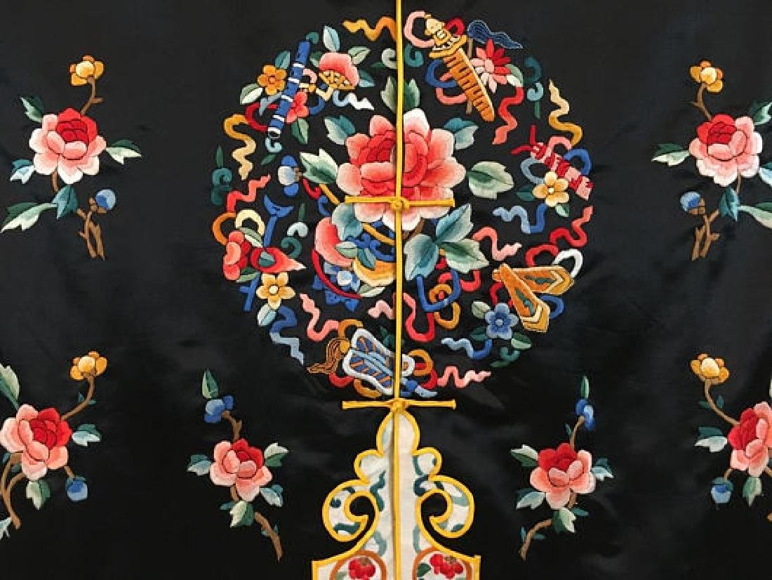 Chinese Antique Embroidered Silk Robe - 5