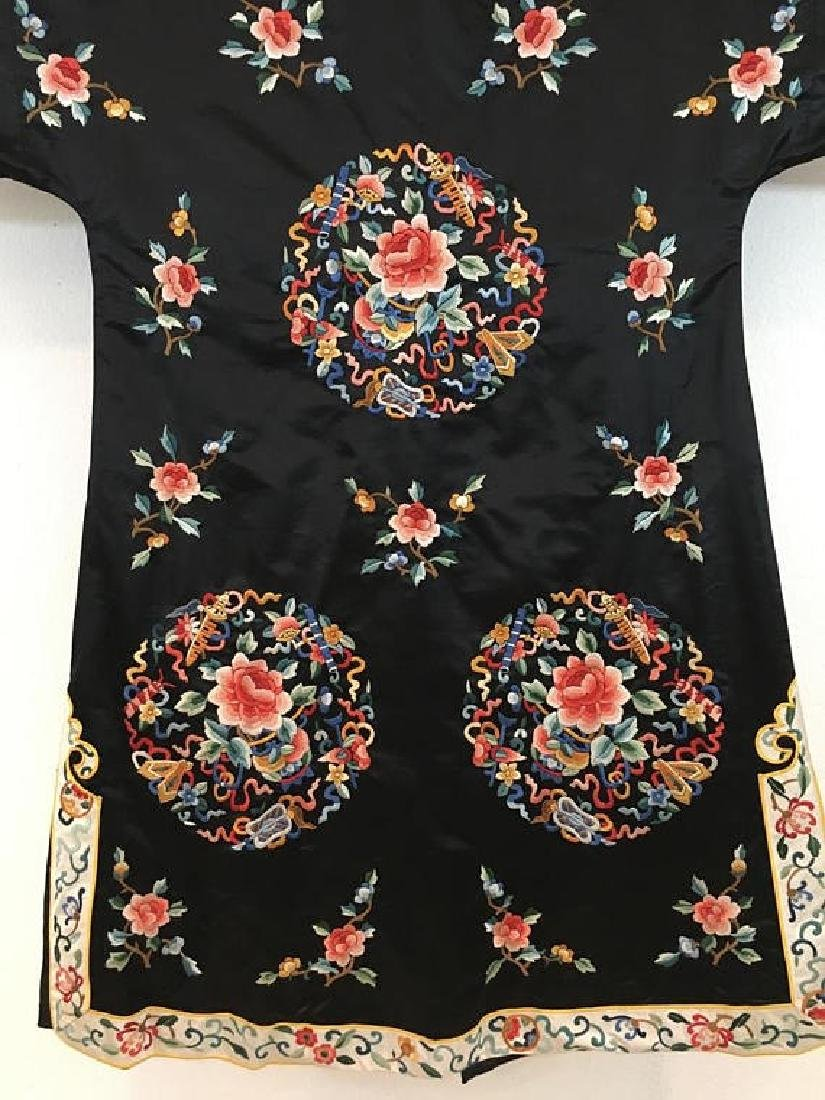Chinese Antique Embroidered Silk Robe - 6