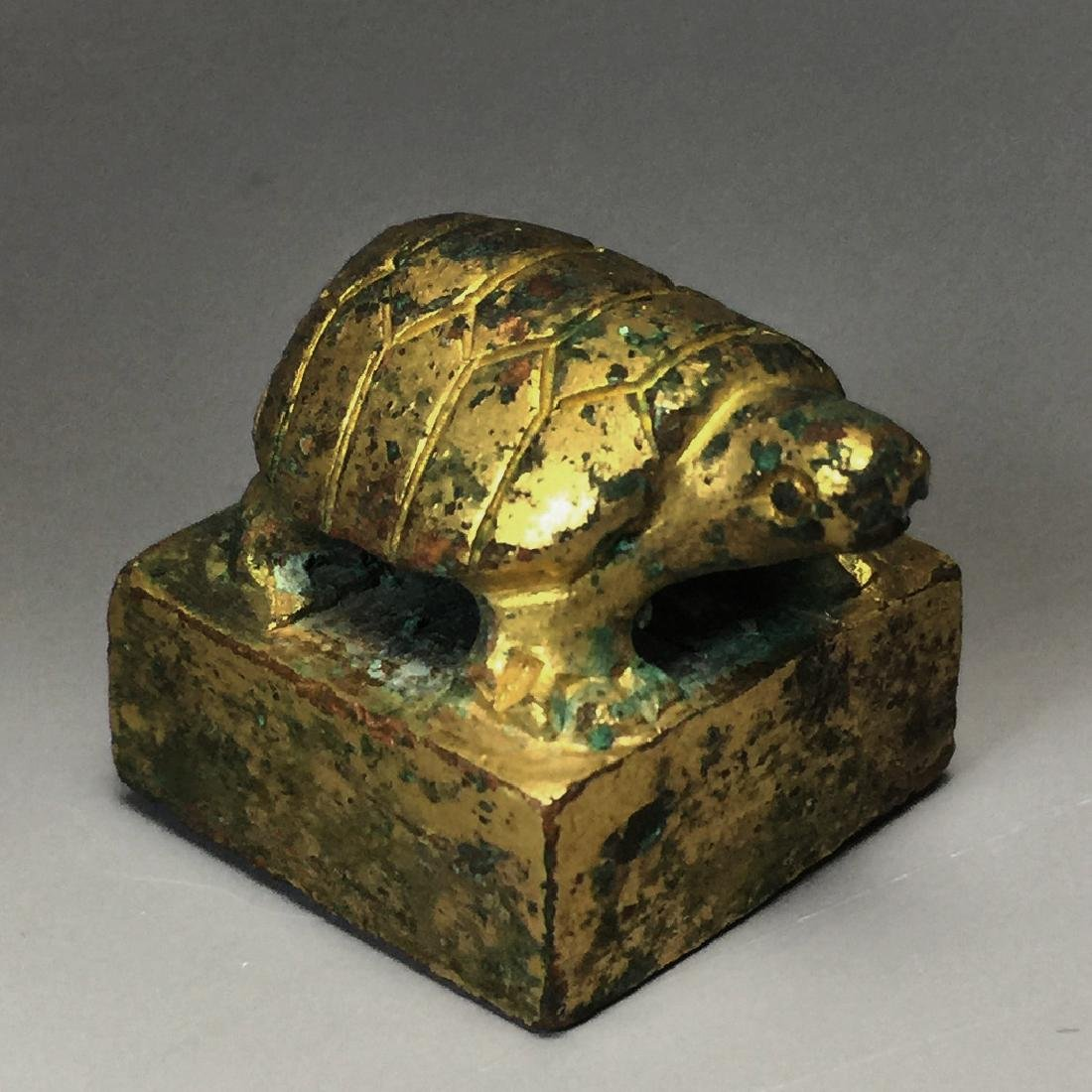 CHINESE GILT BRONZE SEAL