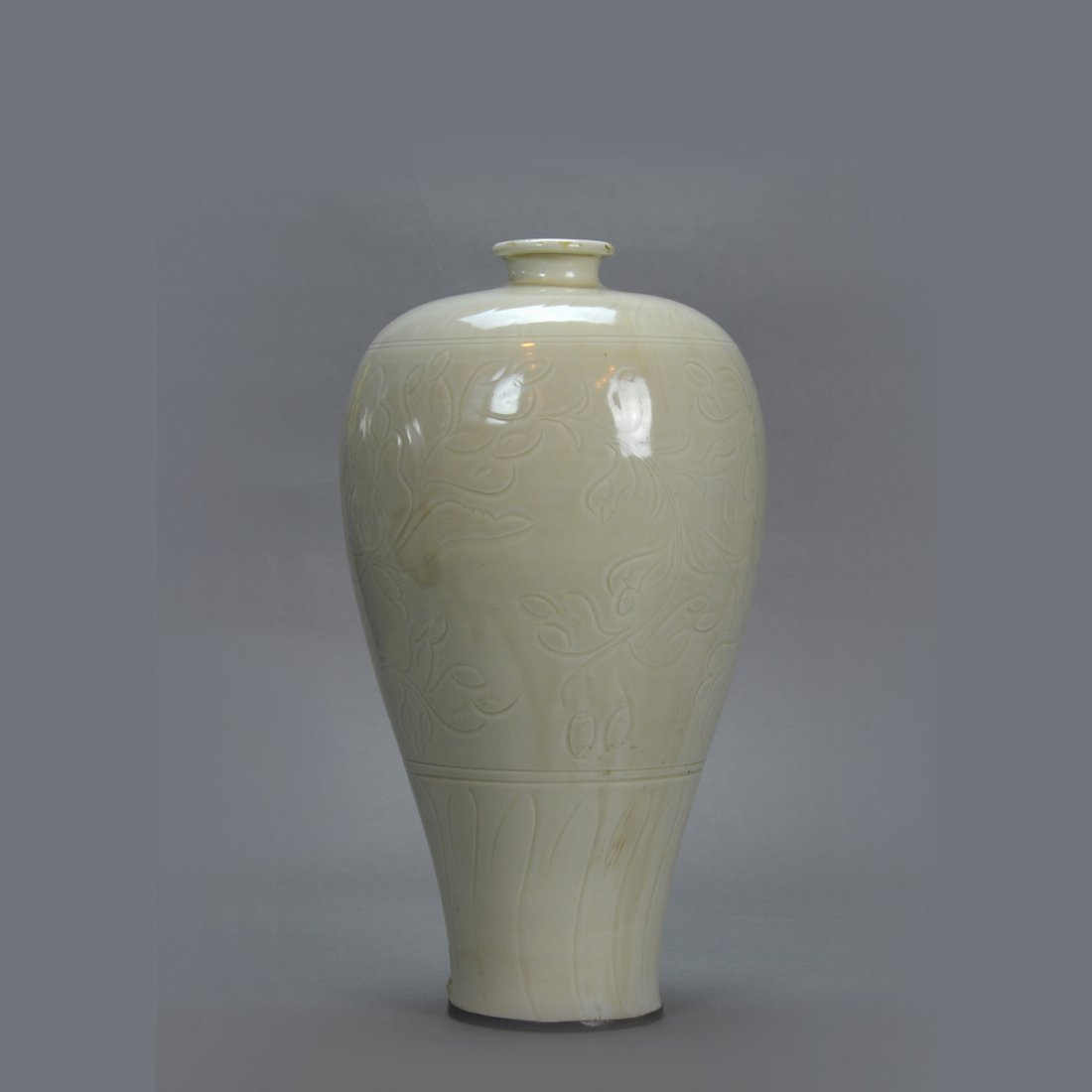 Chinese Song Ding Foliate MeiPing Vase