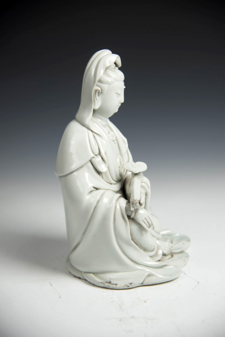 Chinese BLANCE-DE Chinese Seated Figure of Guanyin - 4