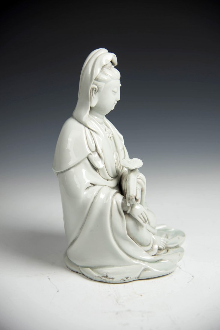 Chinese BLANCE-DE Chinese Seated Figure of Guanyin - 5