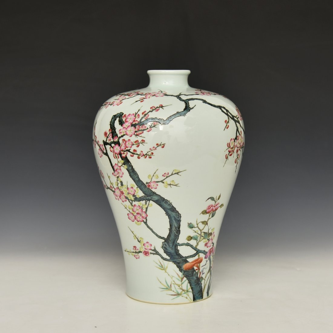 Chinese Famile Rose Mei Ping Vase