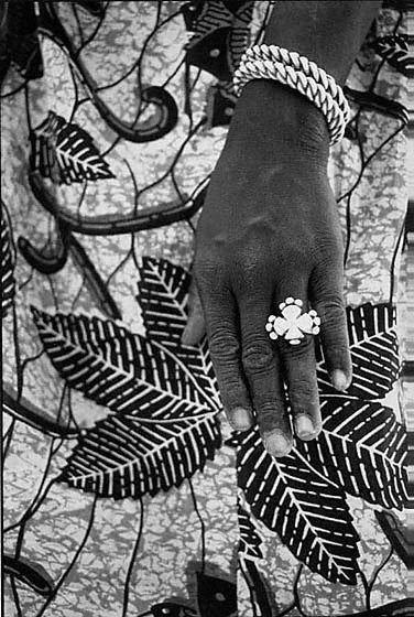 104: Alioune Bâ: Bijoux d'argent 1977