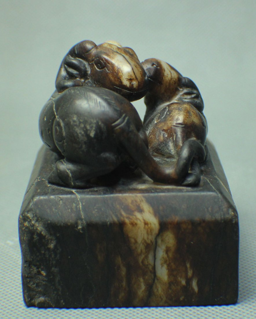 A HE TIAN WHITE JADE SEAL WITH TWO SHEEP TOP FROM MING - 2