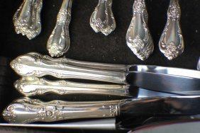 A Set Of Kirk Sliver Foxes And Spoons (34p)
