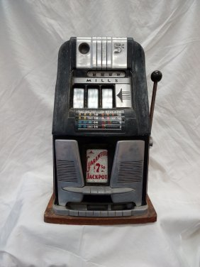 Slot Machine - Mills 5 Cents