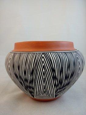 Paula Estevan Pottery