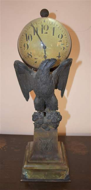 French Bronze and Onyx Eagle Form Desk Clock