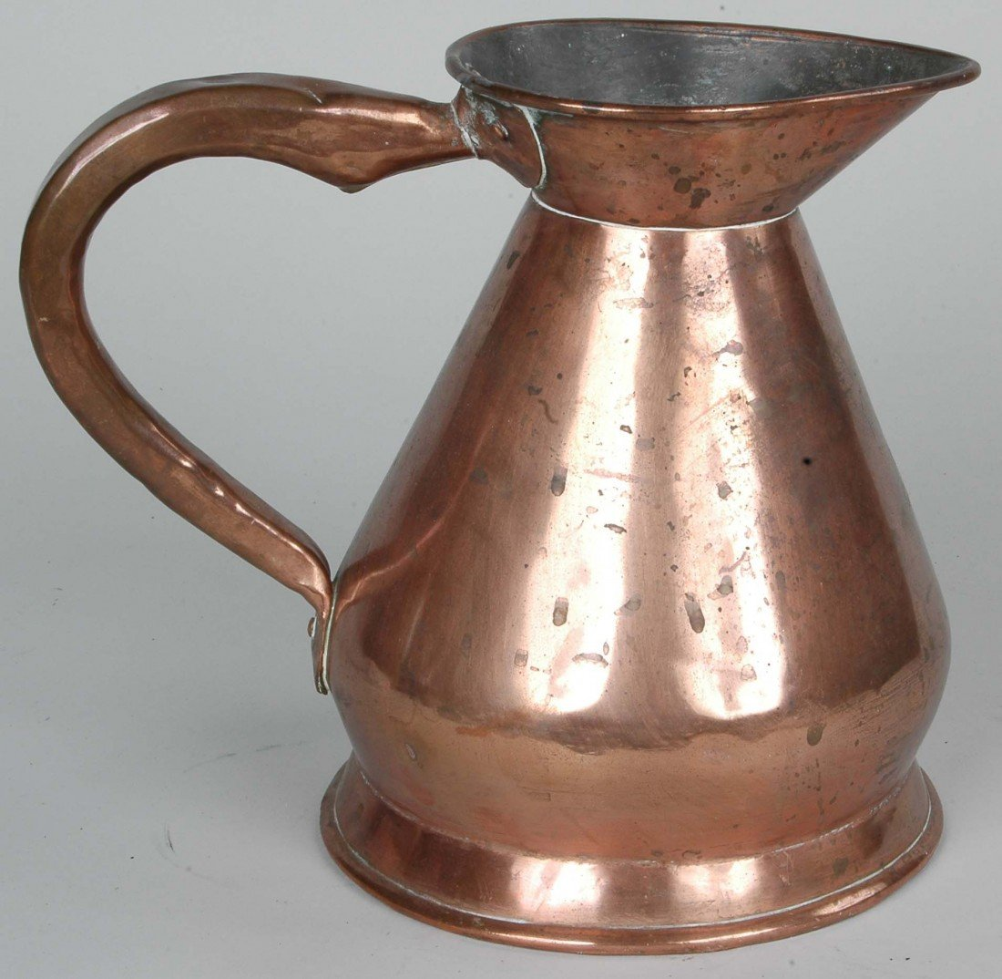 4: 19TH C. ENGLISH 1/2 GALLON COPPER ALE MEASURE  HT. 9