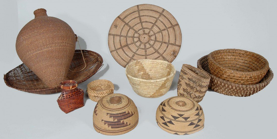 14. LOT OF 11 ANTIQUE WOVEN NATIVE AMERICAN  BASKETS