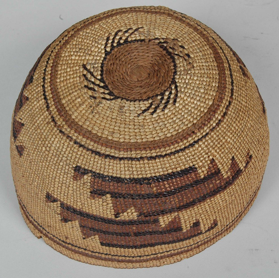 14. LOT OF 11 ANTIQUE WOVEN NATIVE AMERICAN  BASKETS - 3