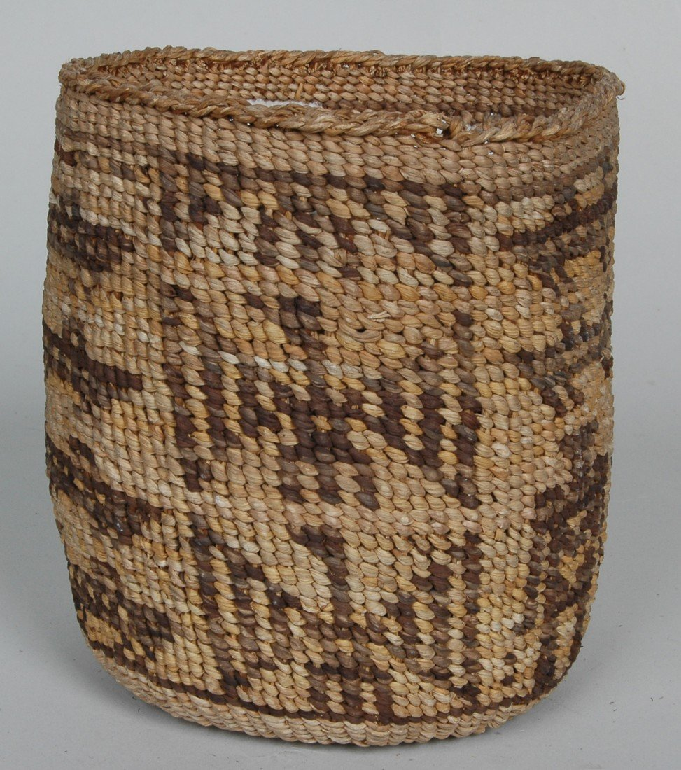 14. LOT OF 11 ANTIQUE WOVEN NATIVE AMERICAN  BASKETS - 9