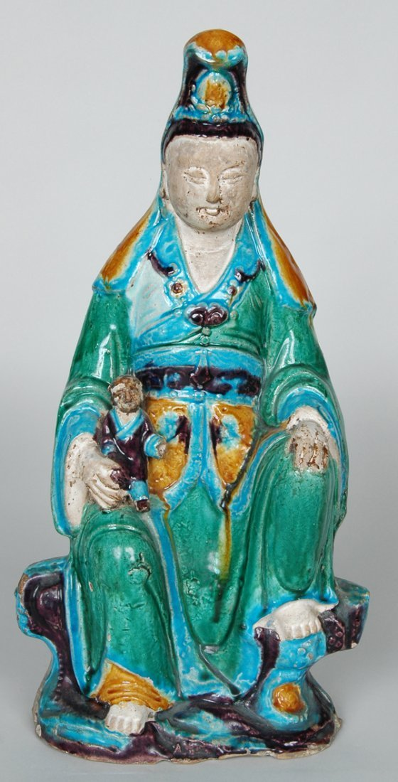 11: ANTIQUE CHINESE STATUE OF QUAN YIN
