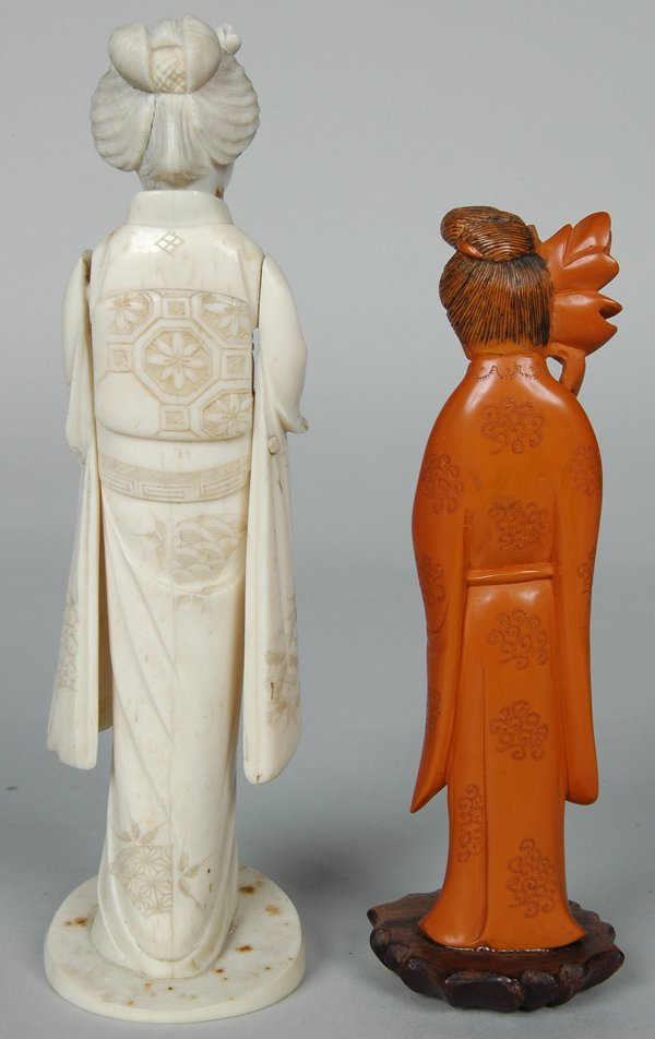 15: CHINESE CARVED CORAL? FIGURE OF WOMAN - 3