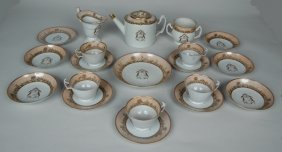 AMERICAN MARKET CHINESE EXPORT CRESTED TEA SERVICE