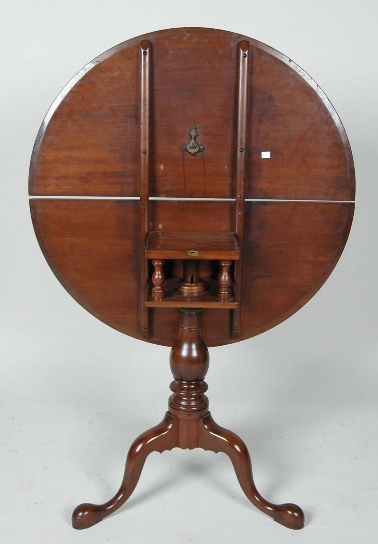 18TH C. PENNSYLVANIA WALNUT DISH TOP TEA TABLE - 3
