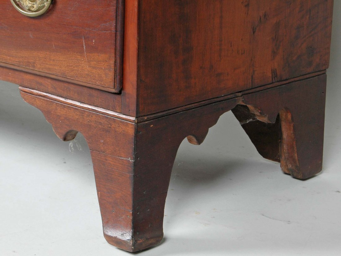 FINE EARLY 19TH C. HEPPLEWHITE CHERRYWOOD CHEST - 3