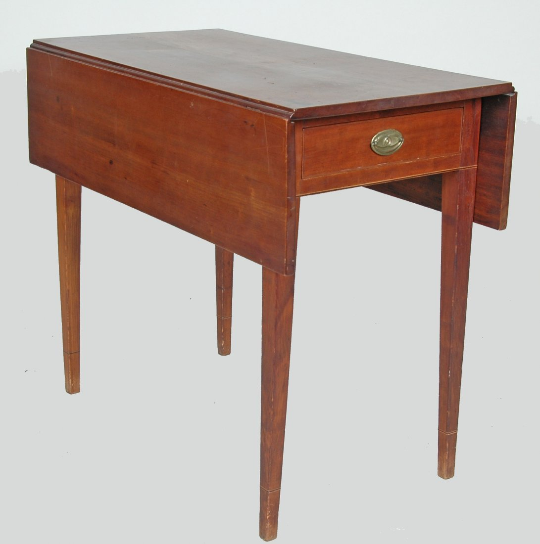 FINE AMERICAN HEPPLEWHITE CHERRY PEMBROKE TABLE