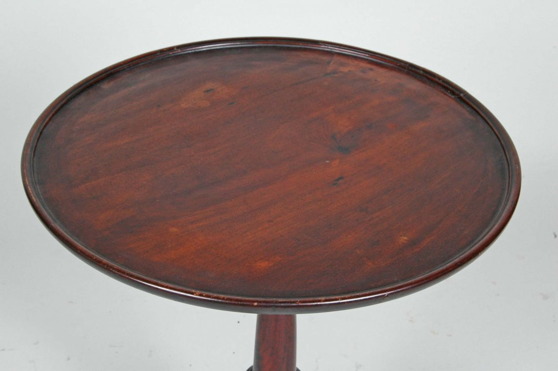 18TH C. DELAWARE VALLEY QUEEN ANNE DISH TOP CANDLESTAND - 2