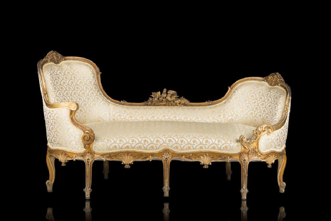 A giltwood dormeuse. 19th century (defects)